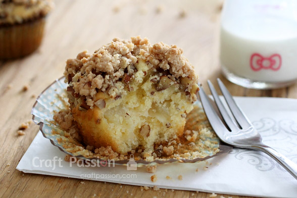 easy Apple Crumble Muffins recipe