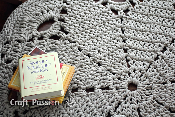 Giant Doily Rug - Free Crochet Pattern | Craft Passion