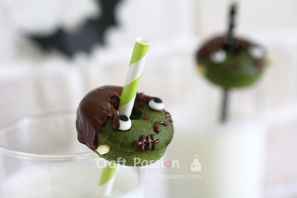 frankenstein Halloween Donut Treats