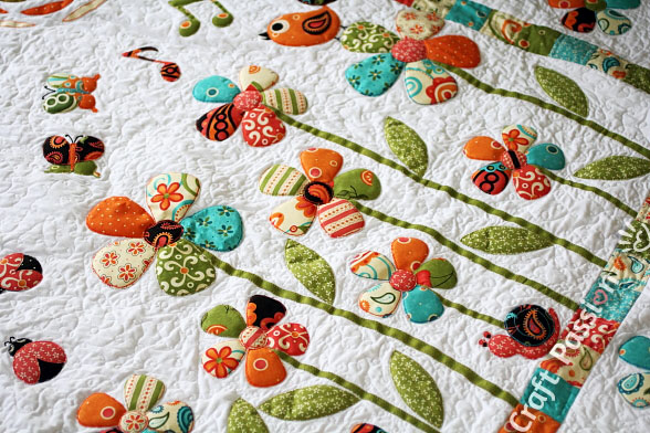 little creatures in sercet garden quilt