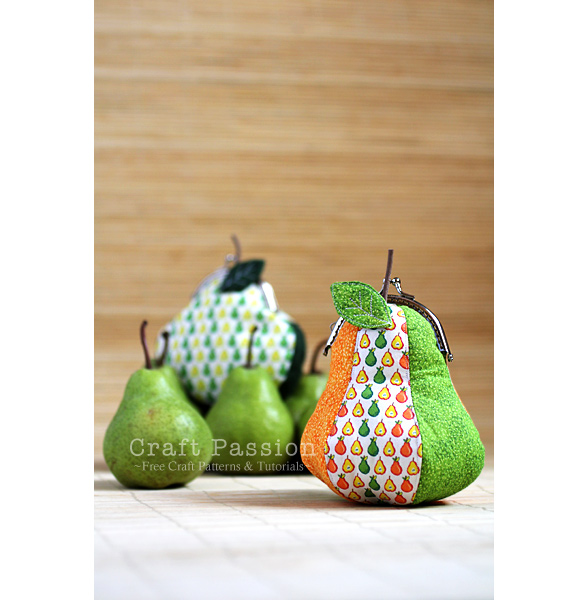 pear shaped gamaguchi frame purse