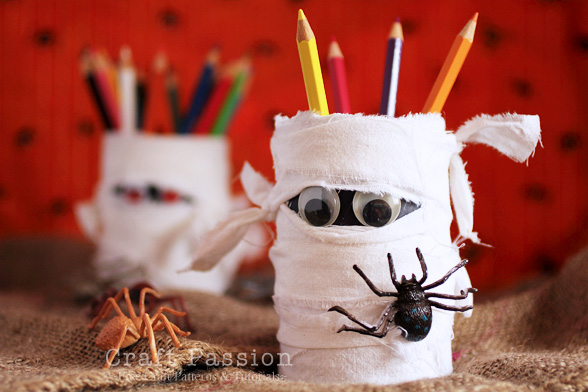 Halloween Mummy Holder