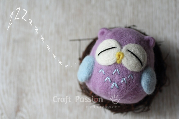 felted sleepy owl