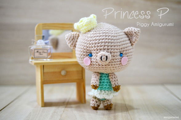 Piggy Amigurumi – Princess P