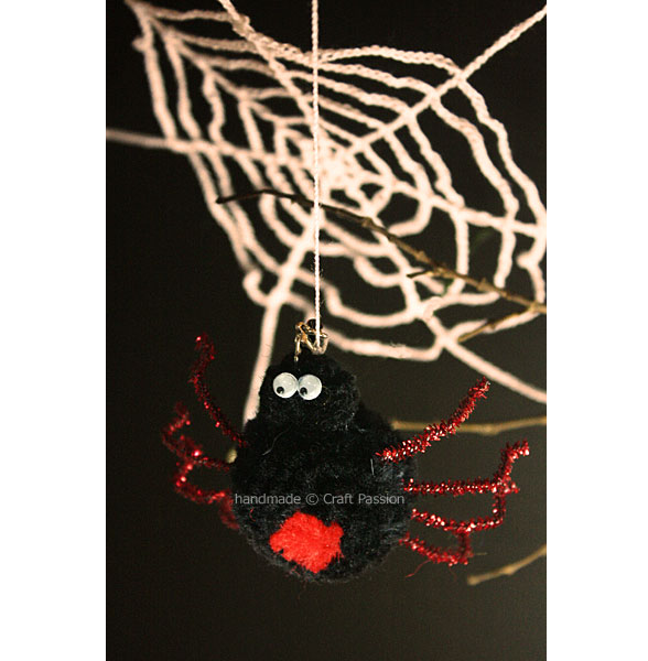 pom pom spider main 2