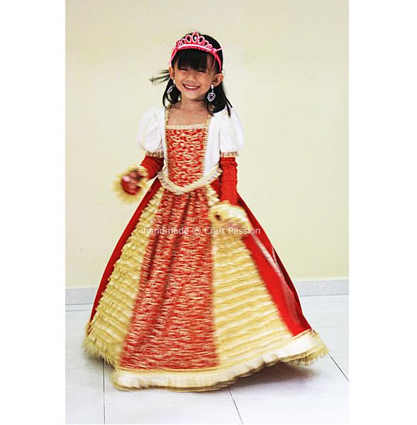 sew queen gown
