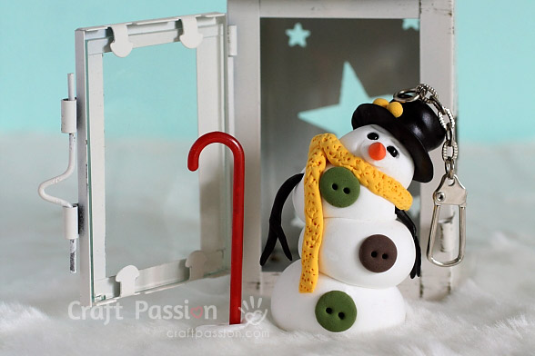 light weight clay snowman charm
