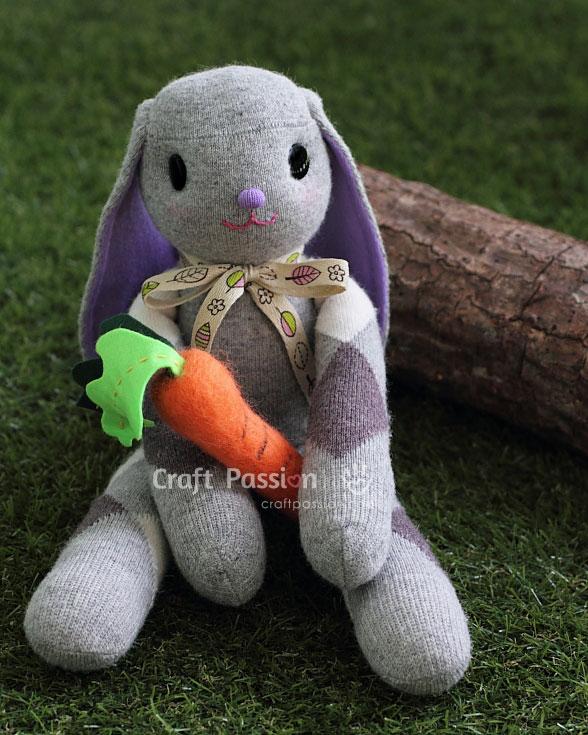 sock bunny felt carrot