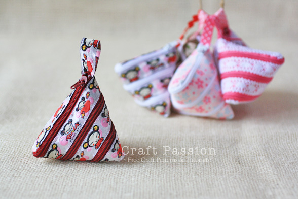 ribbon zipper coin purse