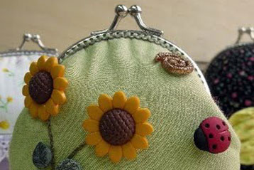 Garden Frame Clutch Purse