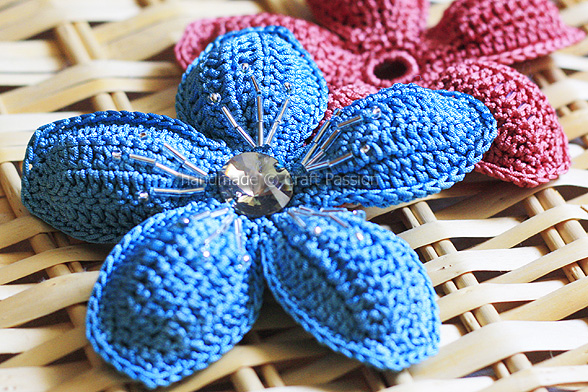 5 Petal Flower - Free Crochet Pattern | Craft Passion