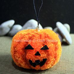 Pom-Pom-Pumpkin-12