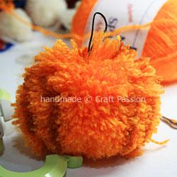 Pom Pom Pumpkin 6