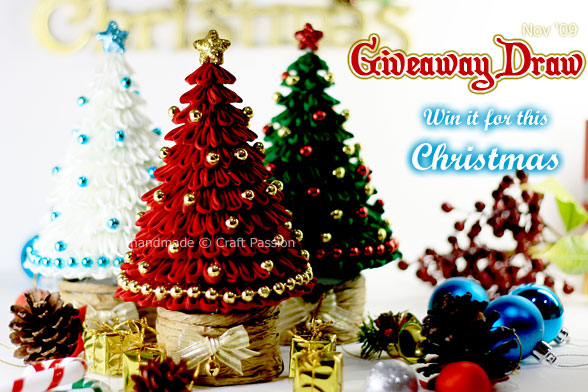 Giveaway (Nov): Kanzashi Christmas Tree {CLOSED}
