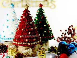 fabric kanzashi christmas tree