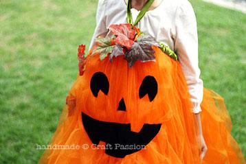 No Sew Pumpkin Tutu – Halloween Costume