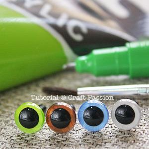 amigurumi eye color
