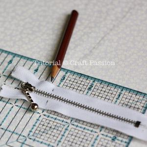 mark zipper length