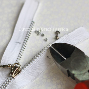 Shorten Metal Zipper - How To - DIY Tutorial | Craft Passion