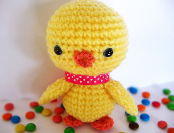 Baby Chick Amigurumi Pattern