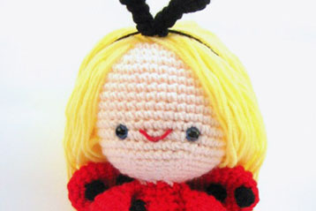 Giveaway (June '11): Amigurumi Lady Bug Girl {Closed}