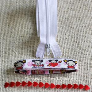zip-itself coin purse materials