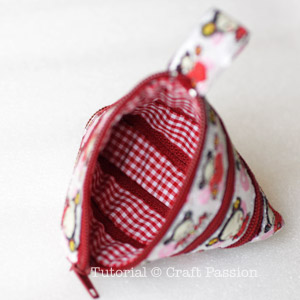 zip itself tetrahedron coin purse with lining