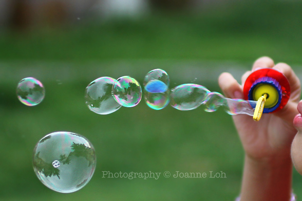 bubble blowing Canon EOS 60D