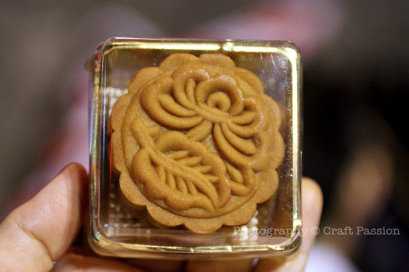 Baked mini mooncake