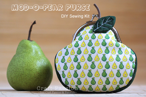 frame pear purse in mod style
