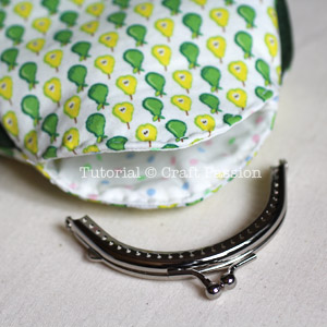 pear-shaped kisslock coin purse