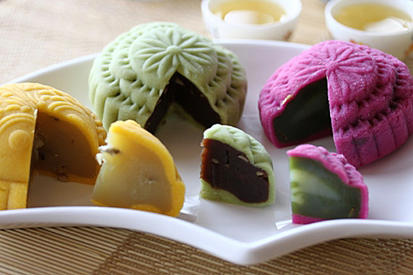 Mid-Autumn Festival: Mooncake