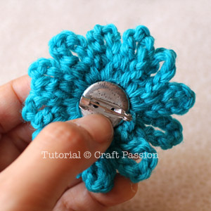 attach brooch pin