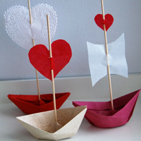 How to Make Valentine Love Boats