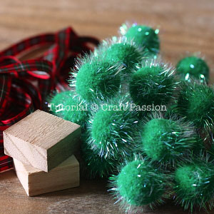 make pom pom christmas tree 1
