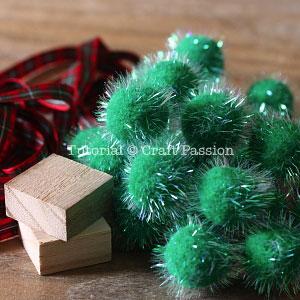 make pom pom christmas tree 1