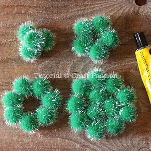 make pom pom christmas tree 3