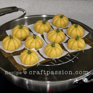 steaming pumpkin mantou