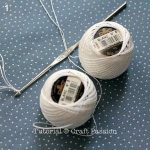 crochet-snowflakes-coasters-1