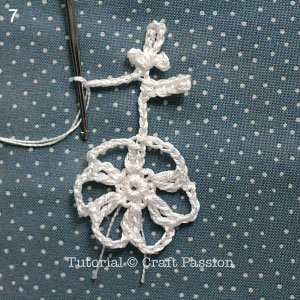 crochet-snowflakes-coasters-7