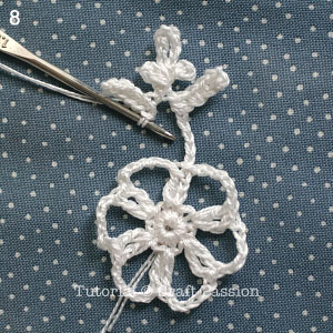 crochet-snowflakes-coasters-8