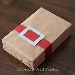 santa-belt-gift-wrapper-5
