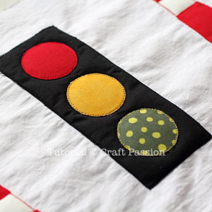 safety-cone-traffic-light-applique-4