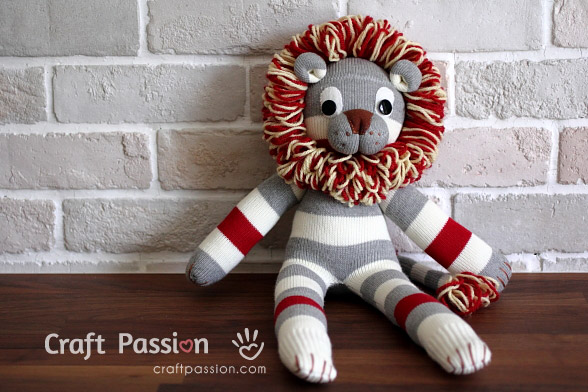 sock lion tutorial