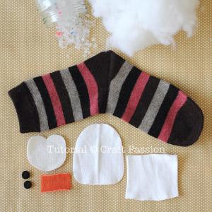 sock penguin material