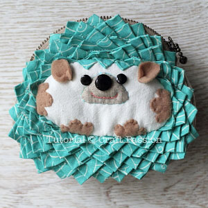 sew hedgehog purse 19