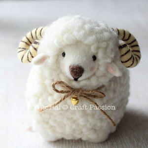 sheep-felting-19