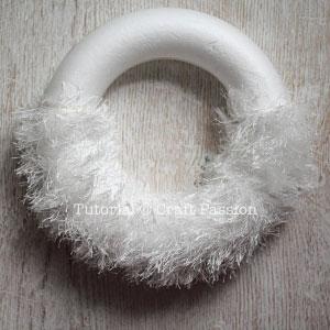 4 santa beard wreath