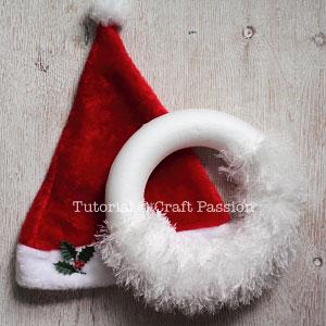 5 santa hat wreath