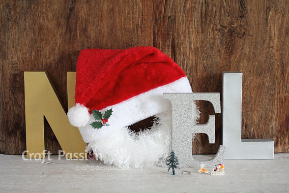 make-noel-letter-wreath